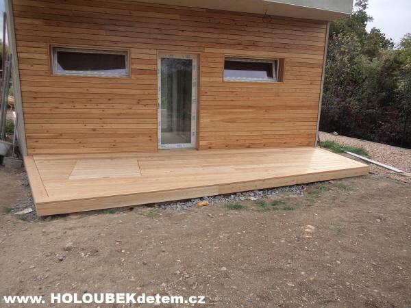 Ukázky z realizací dřevěné terasy zahradní podlahy na rovný a pevný podklad